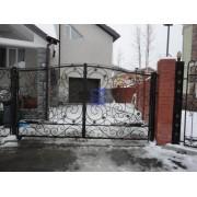Установка распашных ворот в Сургуте